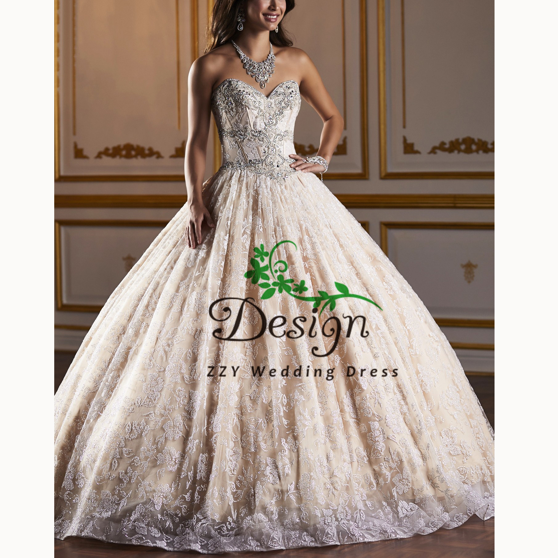Vestidos De QuinceañeraChampange Sweetheart Neckline Crystals Beading Quinceanera Dresses Custom-Made Court Train Sweet 16