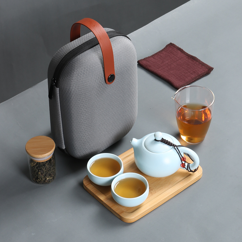 Nordic  Retro Ceramic Travel Tea Set Quick Guest Cup One Pot Two Cups Portable Japanese Home Outdoor Travel Kung Fu Tea Set Gift Teaware Sets     - title=