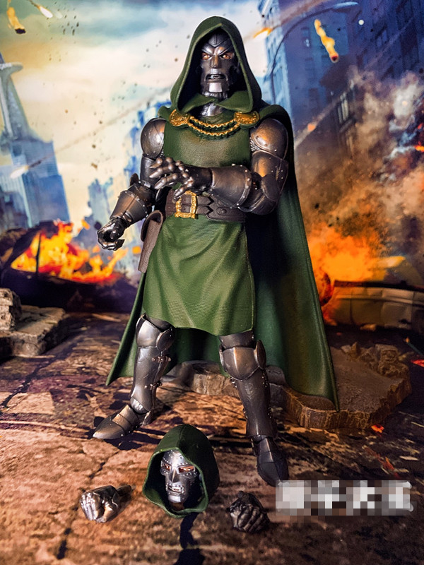 Original Marvel Legends Figurine 6'' Fantastic Four - DOCTOR DOOM Joints Doll Action Figure Collectible Model Toy In Box