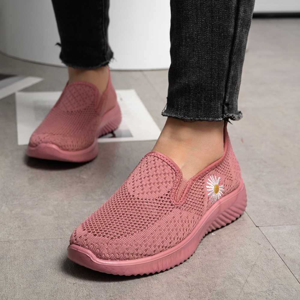 Woman Sock Sneakers 2020  Knitted Flat Shoes Summer Women's  Loafers  Ladies Casual Vulcanized Shoes Slip On Mesh Sport Shoes