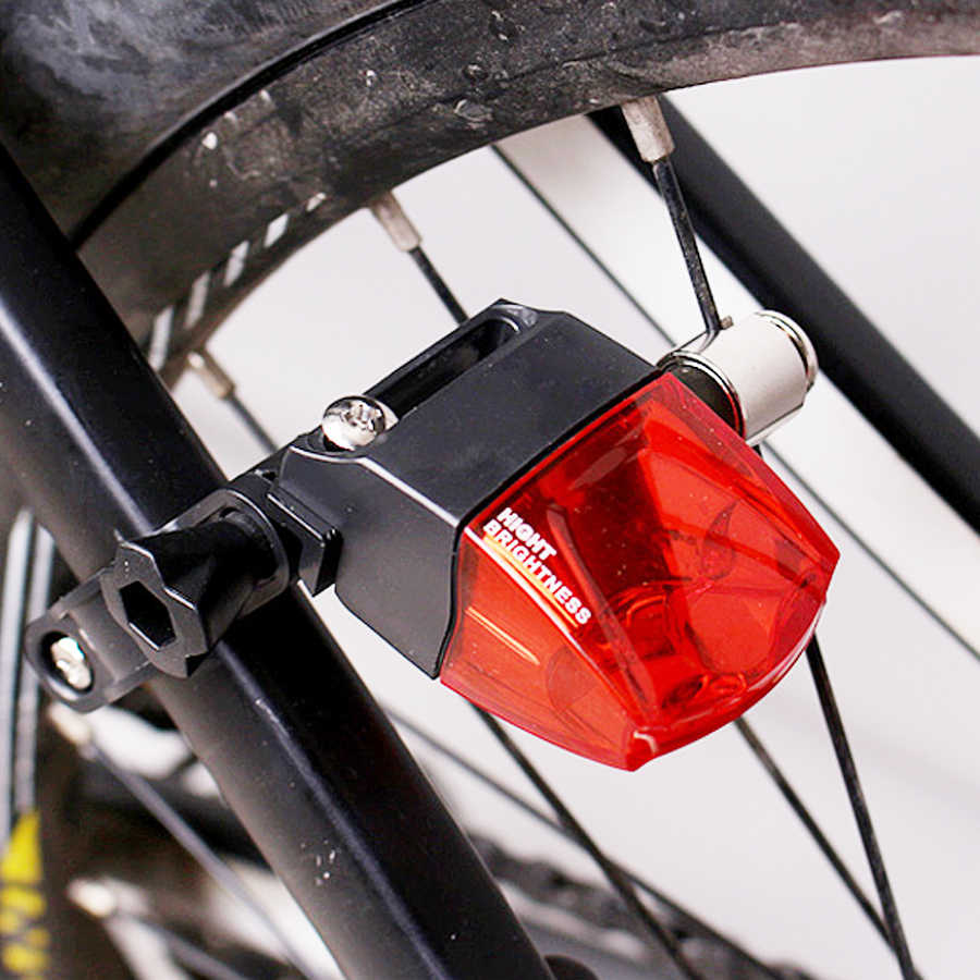 BIKE TAIL LIGHT BICYCLE SAFETY CYCLING WARNING REAR LAMP MAGNETIC SELF-GENERATED