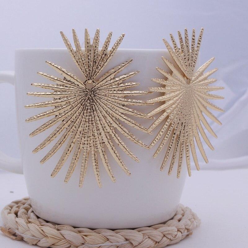 Geometric Irregular Drop Earring For Women European Fashion Fan Leaf Earrings Exaggerated Metal Earrings Party Jewelry