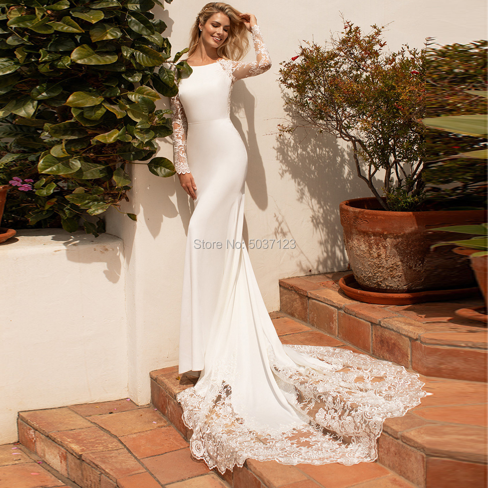 Long Sleeves Mermaid Wedding Dresses O Neck Button Illusion Lace Appliques Court Train Bridal Gown Vestido De Noiva
