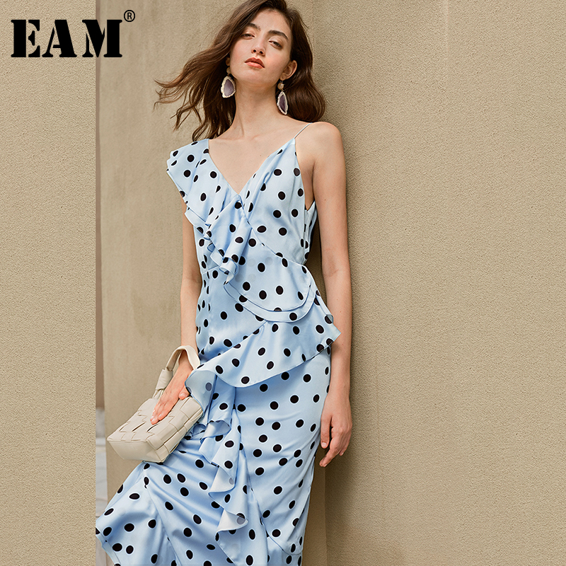 [EAM] Women Blue Dot Printed Ruffles Elegant Dress New V-collar Sleeveles Loose Fit Fashion Tide Spring Summer 2020 1X629