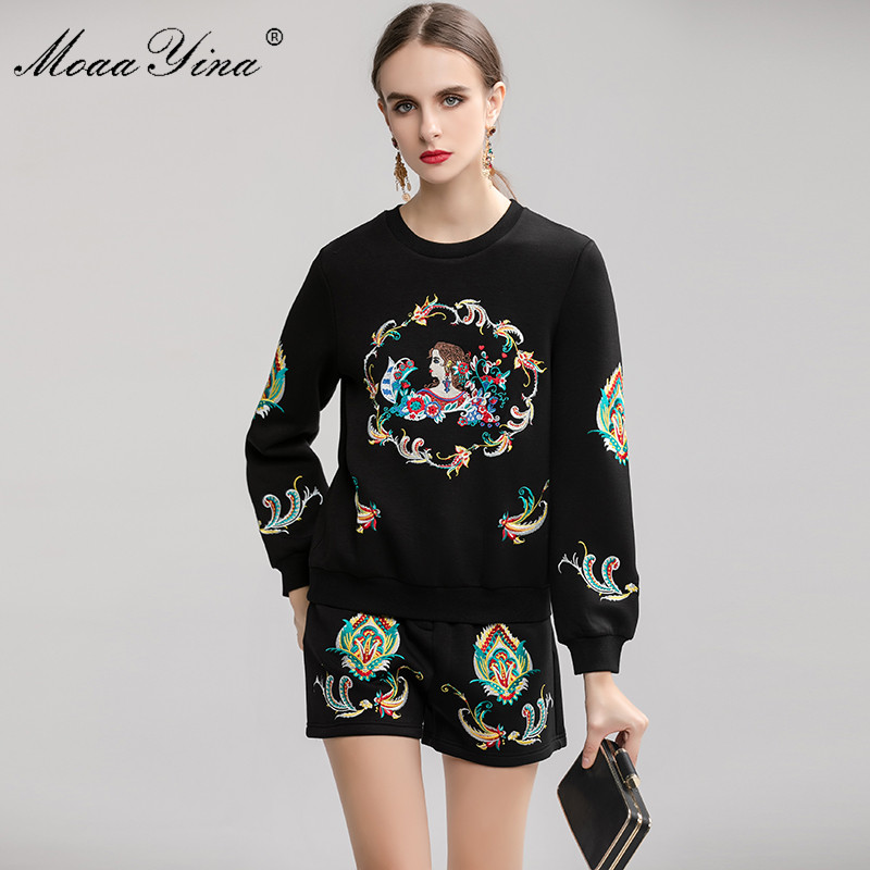MoaaYina Fashion Designer Suit Spring Autumn Women Embroidery  Pullover knitting Tops Shorts Elegant Two piece setWomens Sets   -
