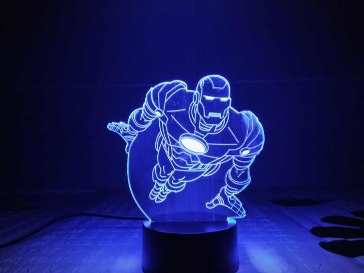 Marvel Homem De Ferro Avengers brinquedos Estatueta 3D Ilusão LED NightLight Luz Colorida Endgame Figura IronMan Máscara Do Homem Aranha Brinquedos