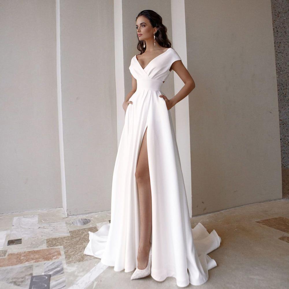 Modest V-Neck Wedding Dress 2021 Fashion Short Sleeve Sweep Train Pleats Side Slit A Line Bridal Gown with Pockets Custom Made 1