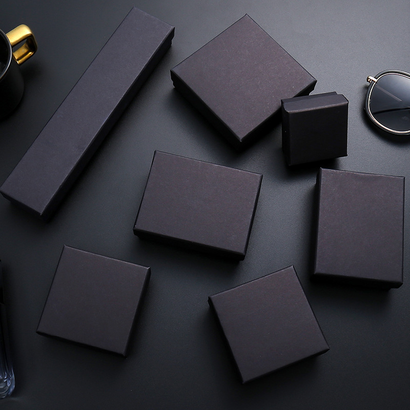 EDS Jewelry Boxes And Packaging INS Fashion Black Jewelry Display Pure Pattern Jewelry Bag Kraft Jewelry Gift Box With Sponge