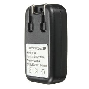 Image 4 - האיחוד האירופי Plug AC כוח ליתיום 2032 2025 סוללה מטען מתאם עבור LIR2032 LIR2025 ML2032 ML2025 CR2032 מטבע לחצן תא סוללה