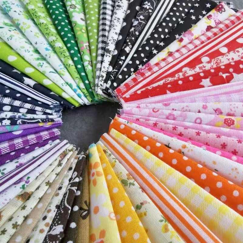 Yang Baru Dicetak Kapas Jahit Kain DIY Hand-Sewn Kain. Total Sepuluh Model, Masing-masing dengan Tujuh Warna. 25 Cm X 25 Cm