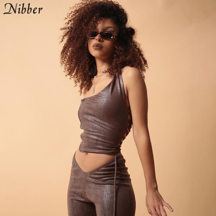 Nibber Einzigartige Faux Leder Y2k Punk 2 Zwei Stück Sets Für Frauen 2021 Sexy Backless Crop Tops Hosen Casual Kleidung outfit Mujer