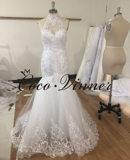 Halter Neck Sexy Illusion Back Lace Vintage Mermaid Wedding Dress 2021 Africa New Lace Appliques Custom Made Bride Dress W0802 3