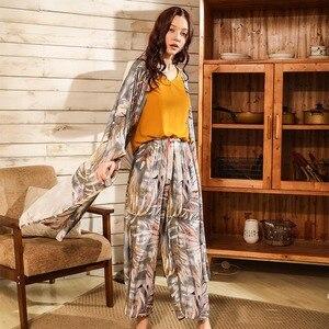 Image 3 - Bahar ve yaz bayanlar Cardighn + yelek + şort + pantolon 4 adet pijama seti Banmboo yapraklar baskı kadın pijama yumuşak gevşek ince Homewar