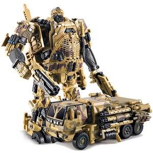 Image 4 - التحول روبوت WJ M02 التمويه الدخان المخبر نماذج من الشاحنات عمل الشكل سبيكة نموذج جمع اللعب الهدايا