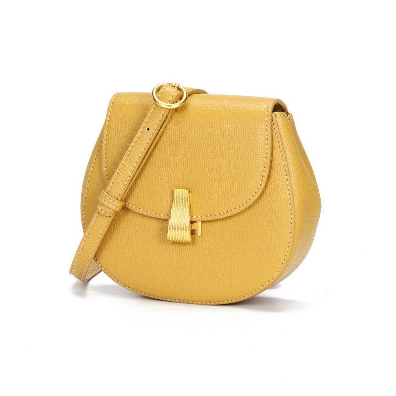 Bag women 2019 autumn new small ck pockets retro saddle bag hand bill of lading shoulder Messenger bag chest bag tide