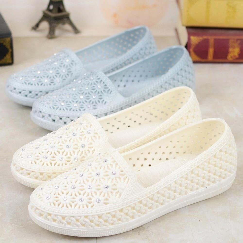 2020 Summer New Ladies Plastic Bird's Nest Hole Shoes Women Breathable Soft Hollow Sandals Nurse Soft Bottom Shoes Wholesale 41