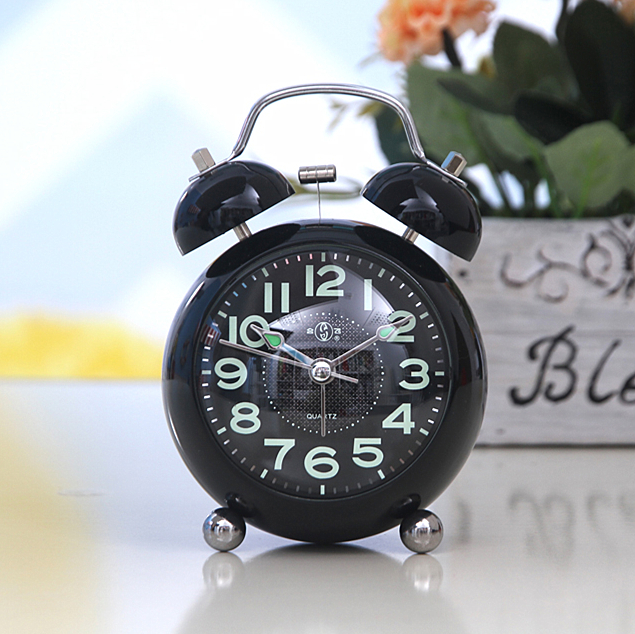 Noctilucent metal alarm clock super sound student bedside alarm retro mechanical alarm clock