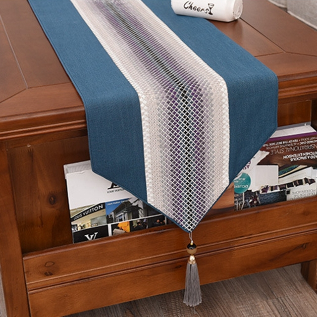 Light And Luxurious Cotton Table Runner
