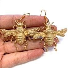 Europa y América Retro exagerada gran abeja colgantes únicos mujeres lindo Metal insectos novia joyería regalo