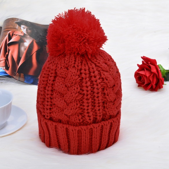 New Winter Scarf And Hat 2pcs Set Plush Ball Beanie Autumn Lady Warm Knitted Cap Vintage Women Bonnet Femme Black/Red