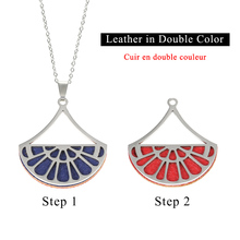 Cremo Cute Fan Pendant Choker Necklace Stainless Steel & Pendants Reversible Interchangeable Leather Charm