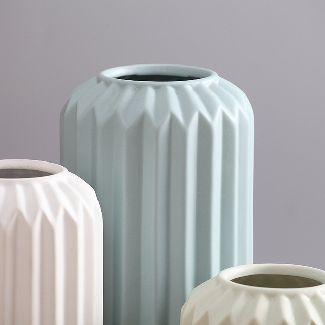 Modern Ceramic Vase Minimalist Creative Tabletop Vase Home Decoration Vase Fashion Modern European Style Geometric Flower Vase 6