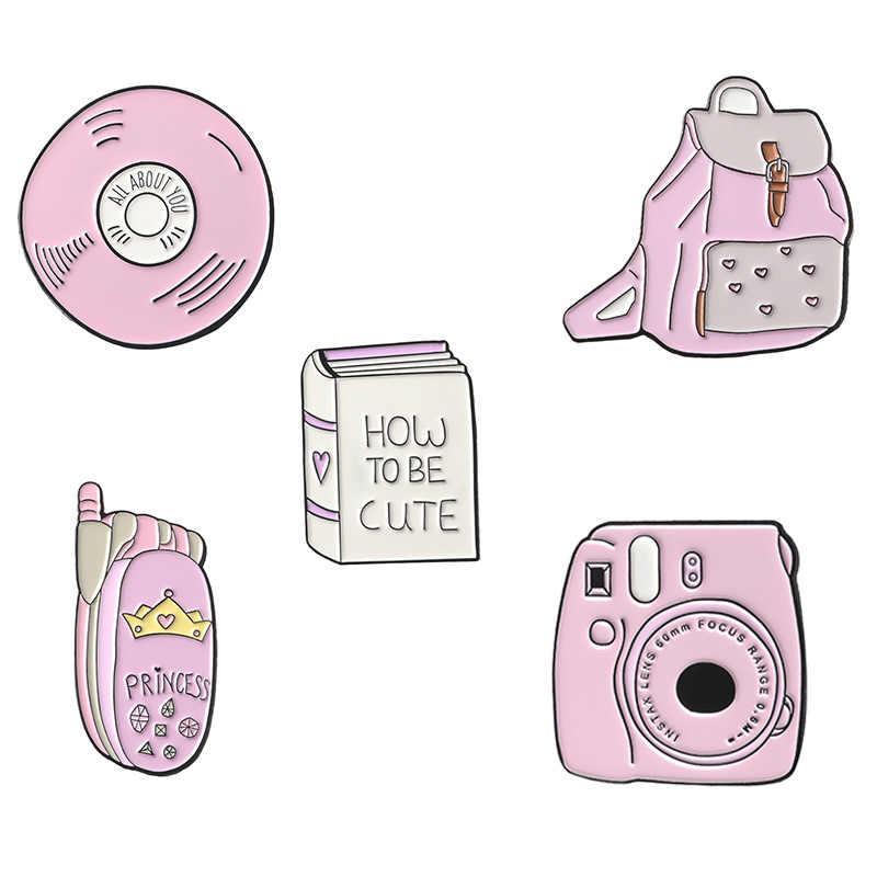 Kartun Lencana Merah Muda Tas Disc Ponsel Buku Telepon Kamera Bros untuk Wanita Kreatif Enamel Pin Perhiasan Aksesoris Pakaian