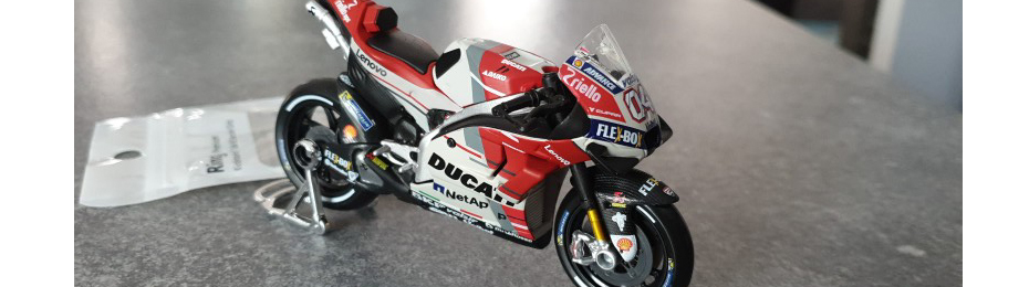 Moto GP Racing Motorcycle Toy Model Collection 9