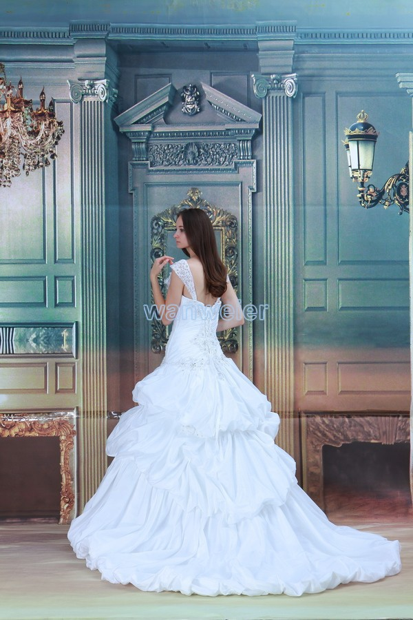 Купить с кэшбэком free shipping 2018 new design hot small train handmade flower ball white/ivory custom bridal gown mother of the bride dresses