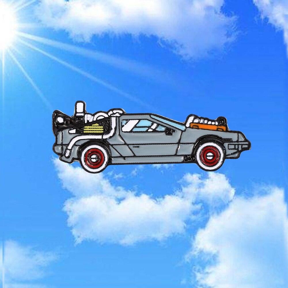 Диски спортивный автомобиль эмалированные Булавки Назад в будущее металлические броши для мужчин и женщин модные гоночные Ювелирные издел...