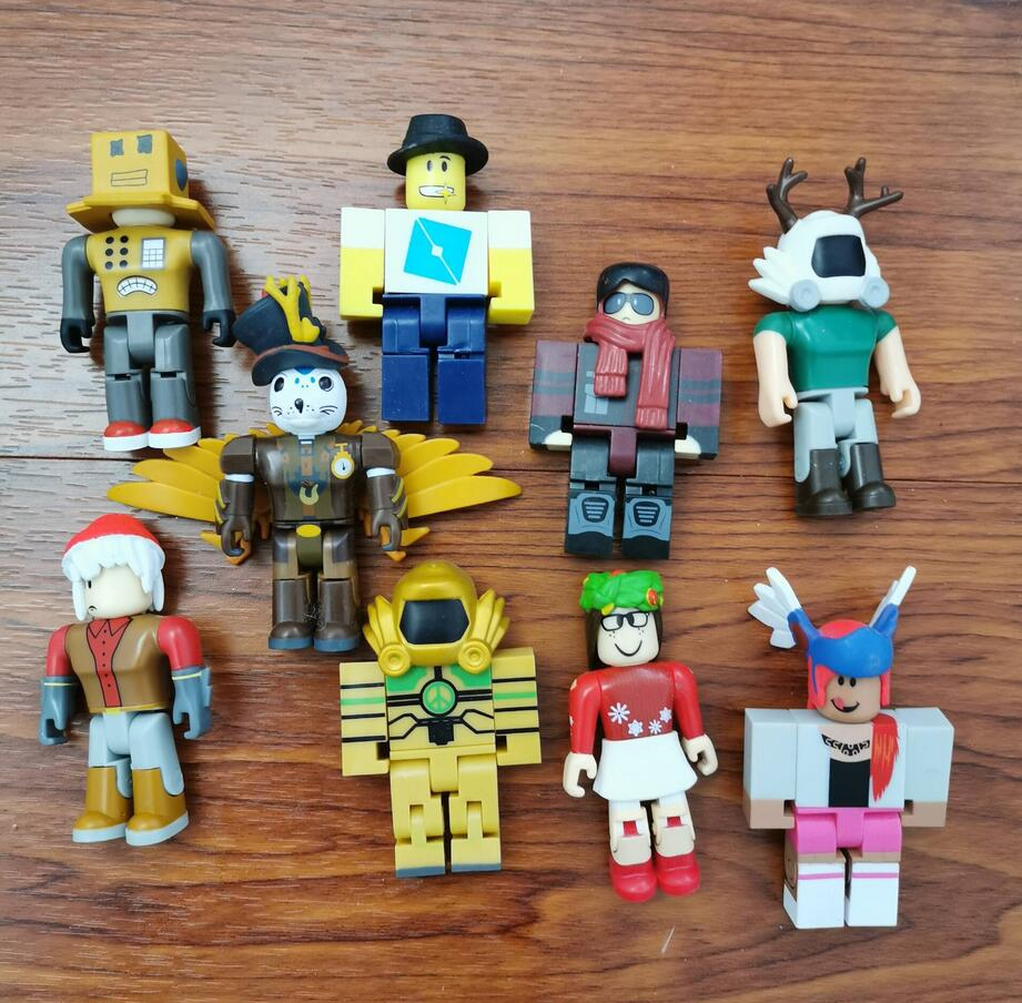 Randomly Robot Game Figure Robloxes Action Figure Pvc Kids Toys Mr Bling Characters Champions Of Robloxes Kids Christmas Toys