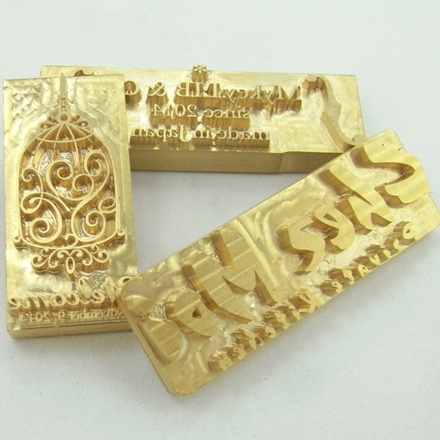 真鍮金型木材革スタンプカスタムロゴデザインブランディングパーソナルケーキパン金型暖房エンボスパーソナライズされたクリシェ