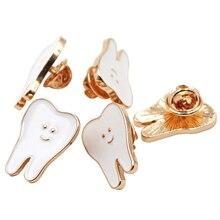 Teeth Metal Brooch Cute Funny Cartoon Teeth Shape Badge Accessories for Dental Clinic Gifts