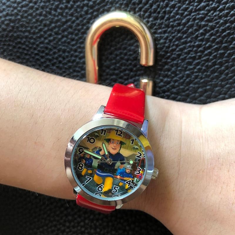 Пластиковые часы с пожарным Сэмом из мультфильма, подарок для детей, подарок для мальчиков