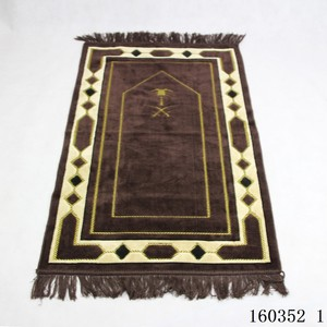 Image 4 - Cashmere Like Thick Prayer Mat Muslim 70*110cm Home Blanket Exquisite Decoration Bedroom Portable Namaz Islamic Praying Mats