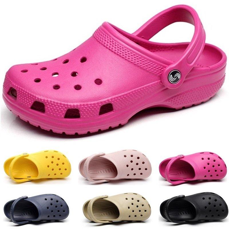 Classic Clog Shoes Soft EVA Beach Croc Sandals Slip On Graffitti Mules Outside Garden Water Shoes Men\'s Slippers