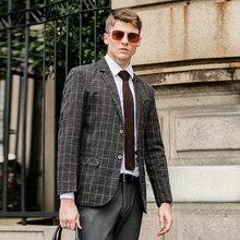 Мужская приталенная клетчатая куртка модель u8129 на весну и