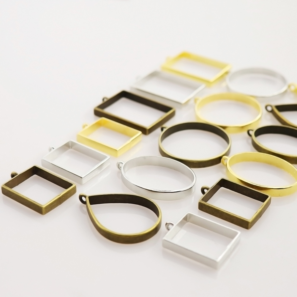 10pcs Metal Bezel Frame Pendant DIY UV Resin Settings Jewelry Making Charms