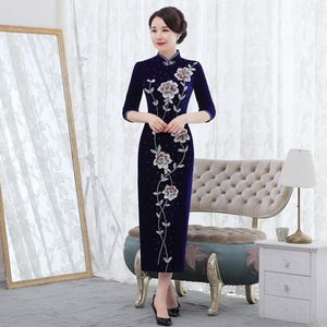 Image 2 - 2019 Rushed Quinceanera 2020 Autumn New Pearl Nail Golden Velvet Cheongsam Dress Show Mom Wedding Mother In Law Quality Women