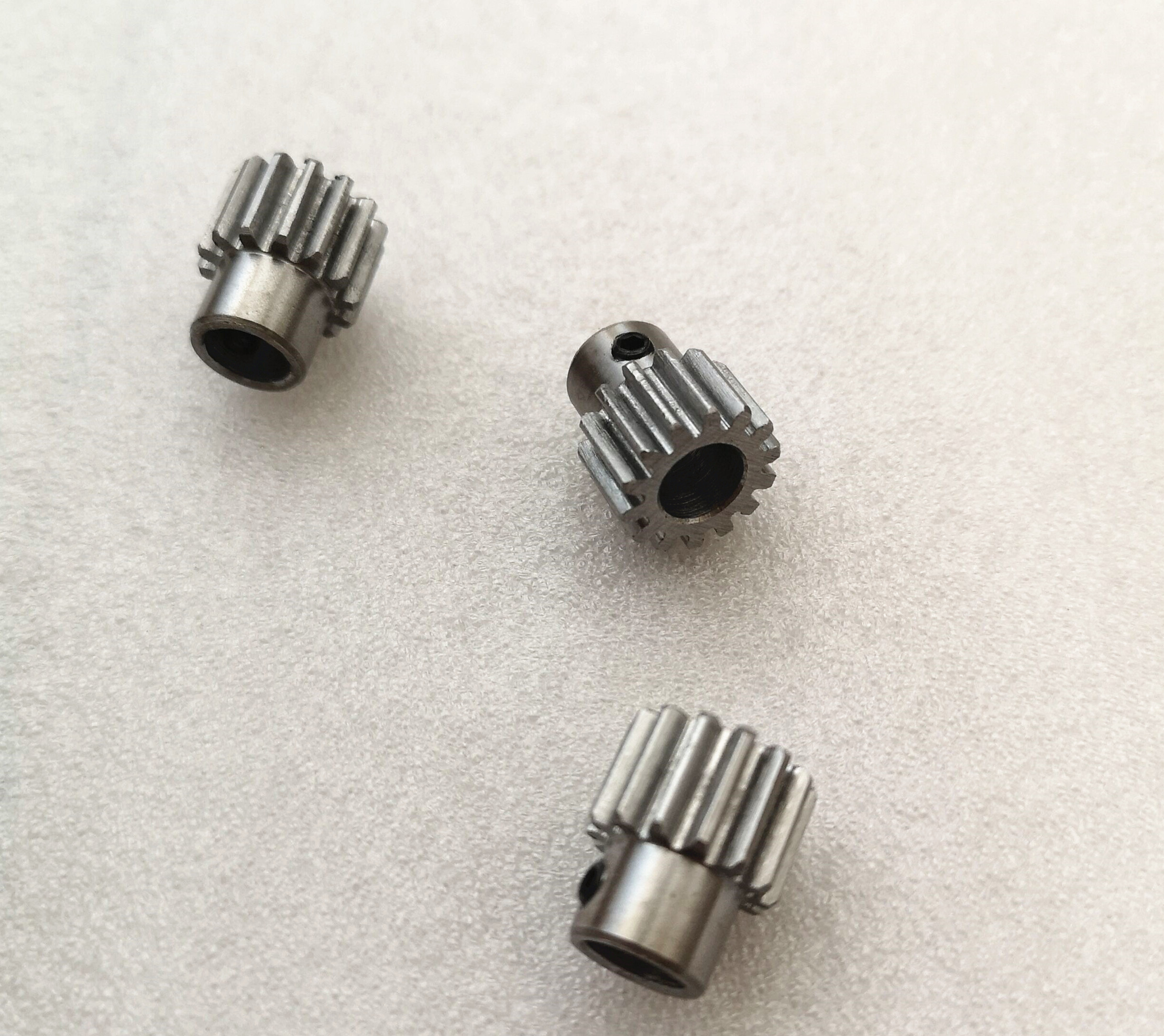 1 Modulus Steel Gear 1M <font><b>12</b></font> 13 14 15 16 17 1819 Teeth Metal gear Hole 3 3.17 5 6 6.35 <font><b>7</b></font> 8 9 10 11 <font><b>12</b></font> <font><b>mm</b></font> diameter Machine image