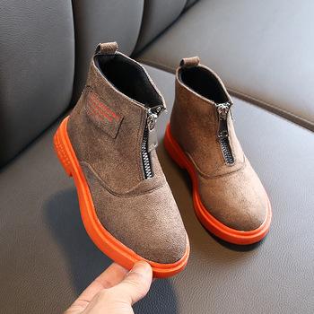 Dziecięce buty Martin Unisex dziecięce botki dla dziewczynek oryginalne skórzane buty dla chłopców moda chelsea Boots Unlimited Season tanie i dobre opinie Skóra 4-6Y 7-9Y 10-12Y Zima Buty śniegu Rzym Mieszkanie z Pluszowe Dziewczyny ANKLE Pasuje prawda na wymiar weź swój normalny rozmiar