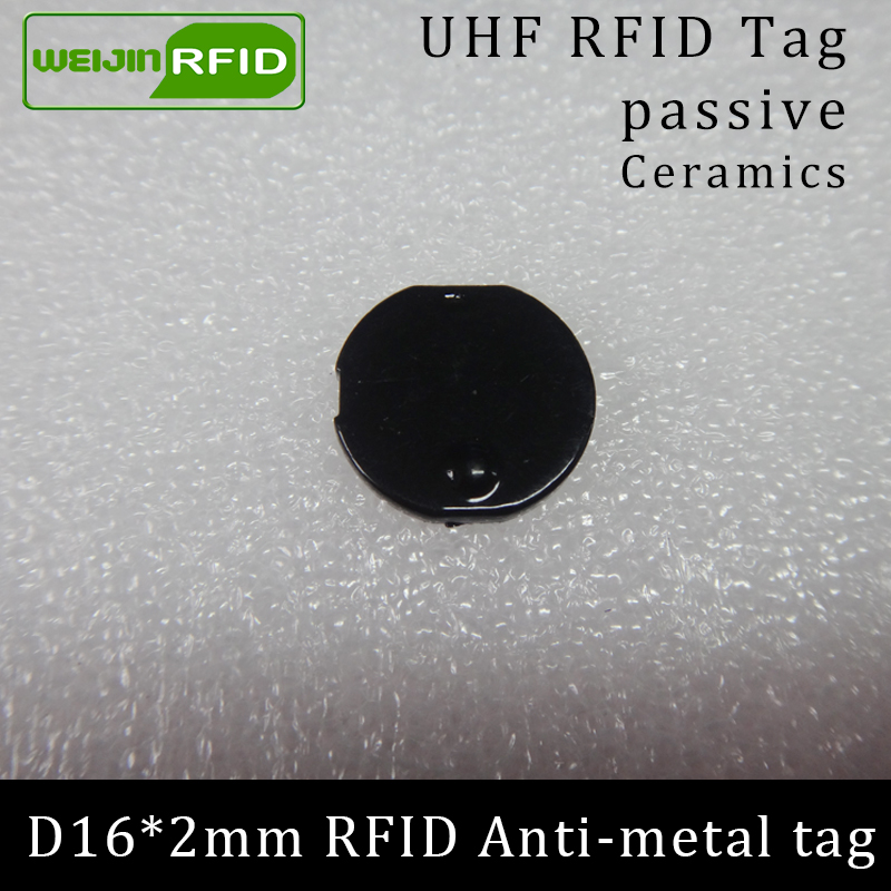 Güvenlik ve Koruma'ten RFID Etiketler ve Kartlar'de UHF RFID anti metal etiket 915mhz 868mhz Alien Higgs3 EPCC1G2 6C D16mm * 2mm küçük dairesel seramik akıllı kart pasif RFID etiketleri