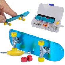 3pcs/box Alloy Scooter Model Set DIY Finger Skateboard Toy Fingertip Toy Self-assembly Material Box Mini Finger Scooter Kit