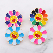The new 2019 sweet sun flower blossom brooch Drip collar pin badges Clothing bags accessories Female