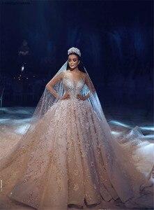 Image 2 - Arabisch Dubai Hochzeit Kleid 2020 Langarm Luxus Perlen Blumen Kathedrale Zug mariage Hochzeit Brautkleider robe de mariee