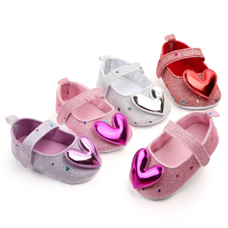 Baby Girl Shoes Lovely PU Leather Shoes Heart Design Anti-Slip Sneakers Kids Soft Sole Toddler Shoes Princess Shoes