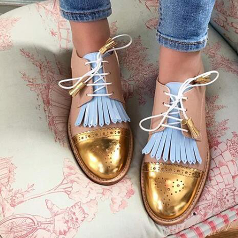 Customized Vintage Carved Women Brogue Oxfords Fashion Round Toe Lace Up Oxford Shoes For Women Size 35-43 Ladies Flat Oxfords