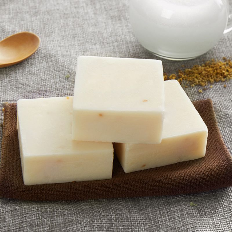 Handmade Soap Rice Whitening Deep Cleaning Wash Clean Oil Control Bath Soaps For Face Bathing