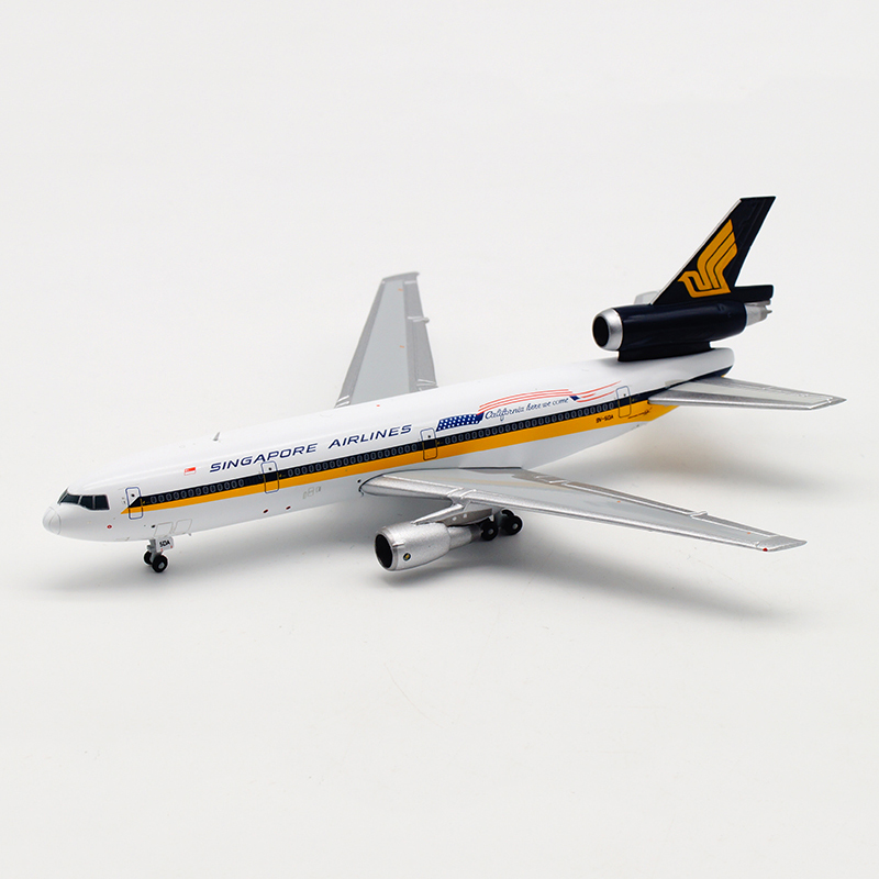 1/400 Scale McDonnell-Douglas Singapore Airlines DC-10-30 Plane Model Alloy Aircraft Collectible Display Airplanes Decoration