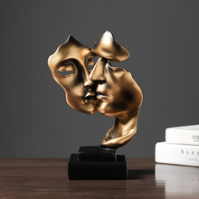 Nordic Decoration Home Modern Resin Statue Golden Abstract Character Home Decor Statue and Sculpture Figures Desktop Ornaments